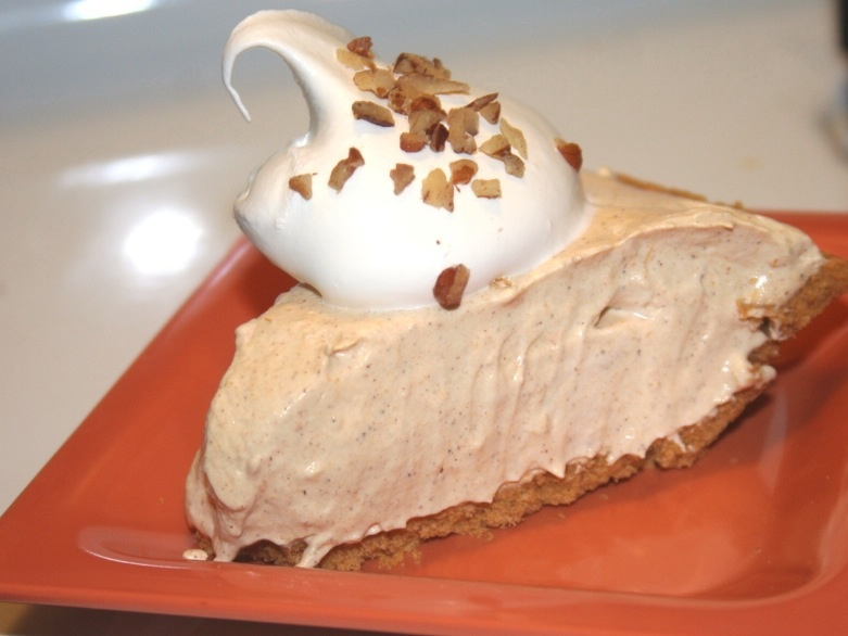 Pumpkin Spice No-Bake Cheesecake (Recipe slightly adapted from Gina ...
