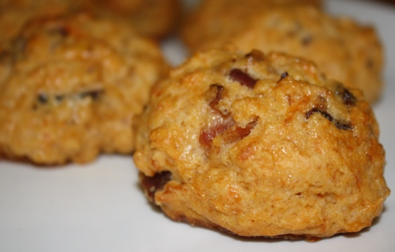 Quick Bacon-Cheddar Biscuits (recipe from Sunny Anderson )