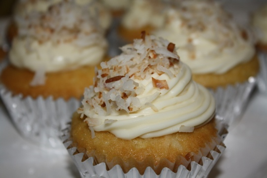 Coconut Cupcakes with Coconut Cream Cheese Frosting ...
