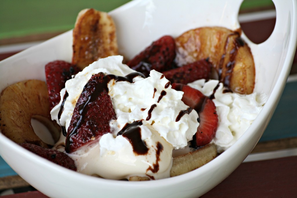 Grilled Banana Splits
