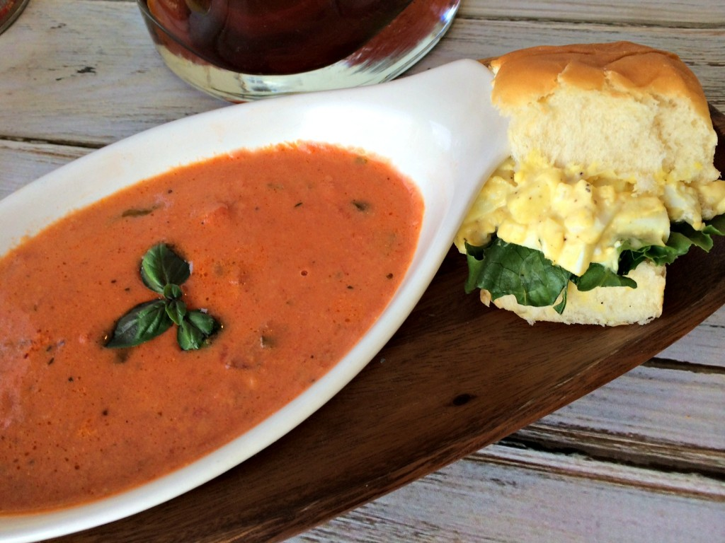 Tomato-Basil-Parmesan-Soup-#TeaRifficPairs  #cbias #shop