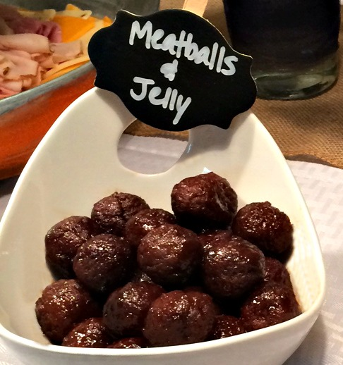 3 Ingredient Meatball Appetizers @addicted2recipe