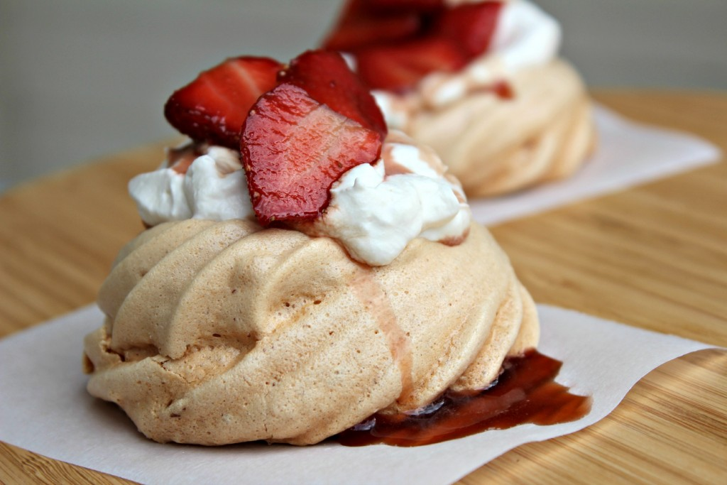 Pavlova with Balsamic Strawberries and Cream Dessert