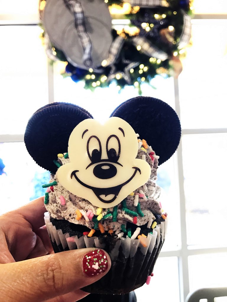 Disney World Tips Mickey Cupcake