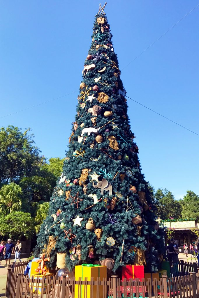 disney-world-christmas-animal-kingdom-christmas-tree
