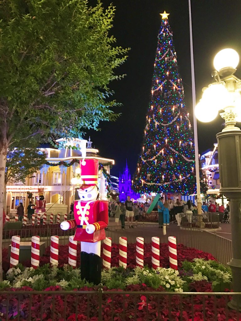 disney-world-christmas-magic-kingdom-christmas-tree-nutcracker