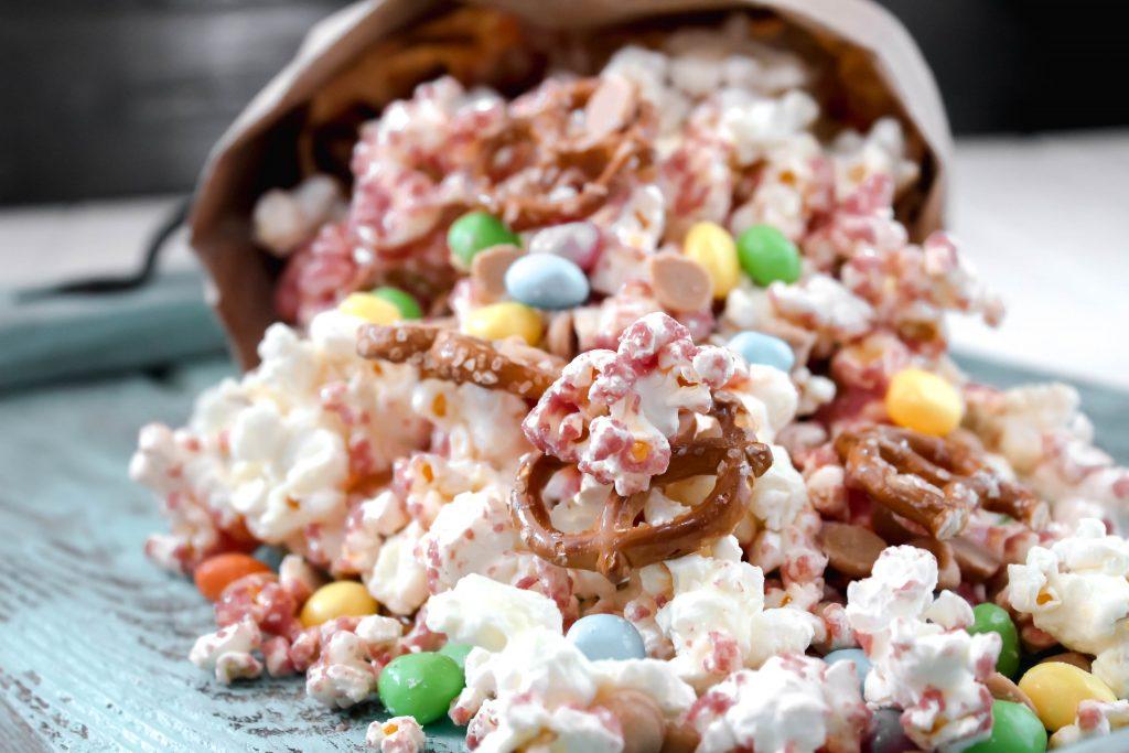 White Chocolate Raspberry Popcorn Bunny Mix